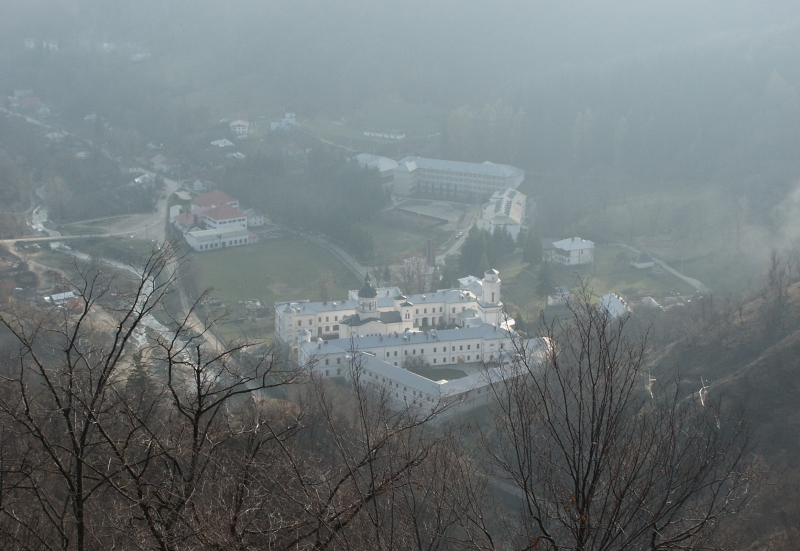 manastire, bistrita, valcea, oltenia
