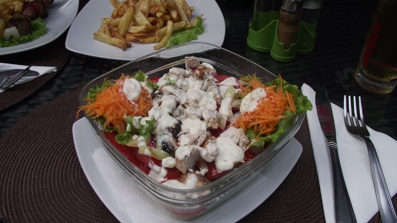 restaurant, slanic prahova, roberto, salata