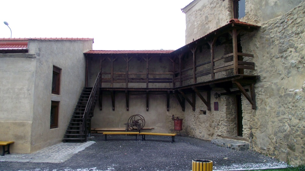 Cetatea-Rupea-Dealul-Cohalmului (5)