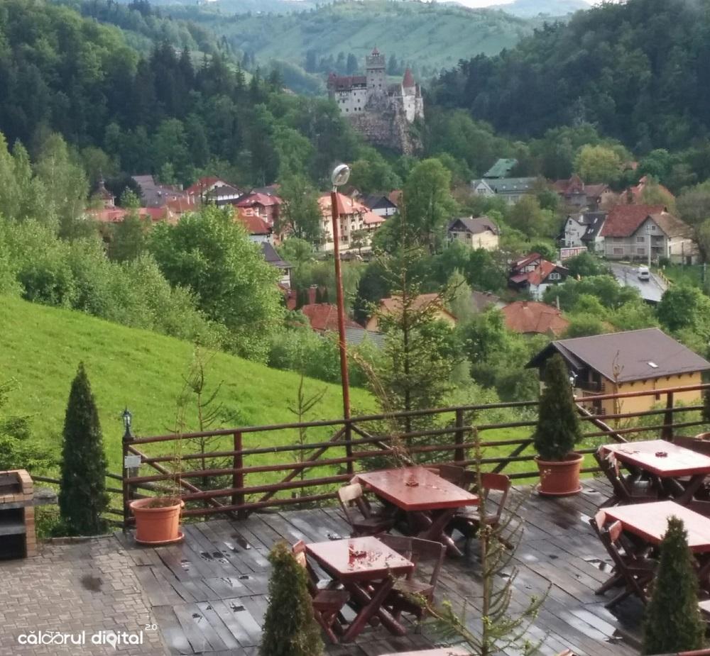 club-vila-bran-priveliste-castel (15)