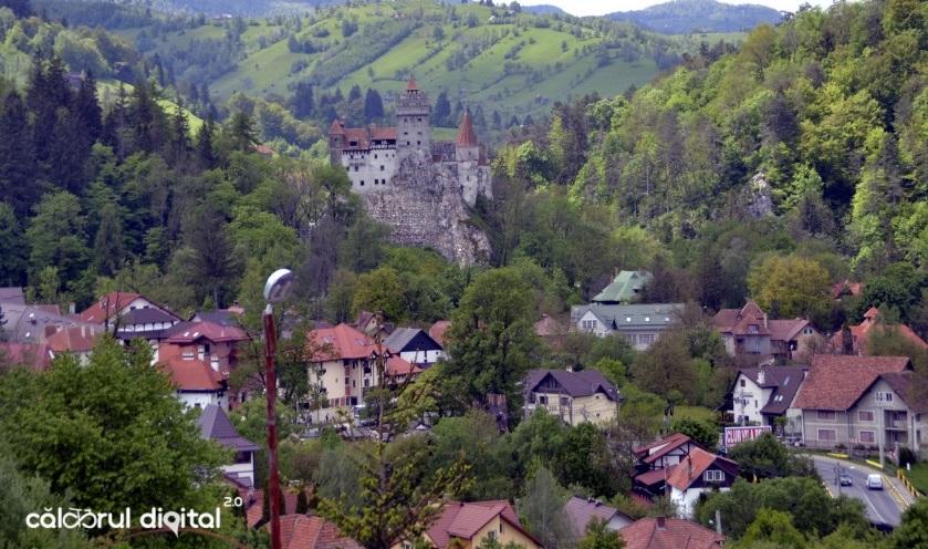 club-vila-bran-priveliste-castelul-bran (8)