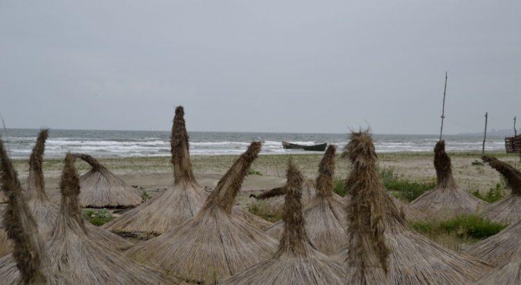 umbrele, plaja, navodari, mamaia nord