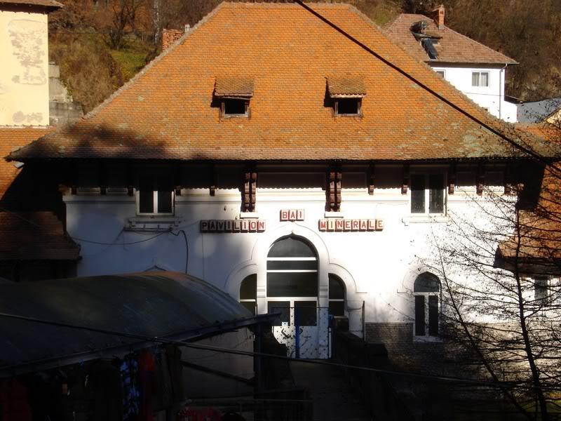 centrul de bai termale