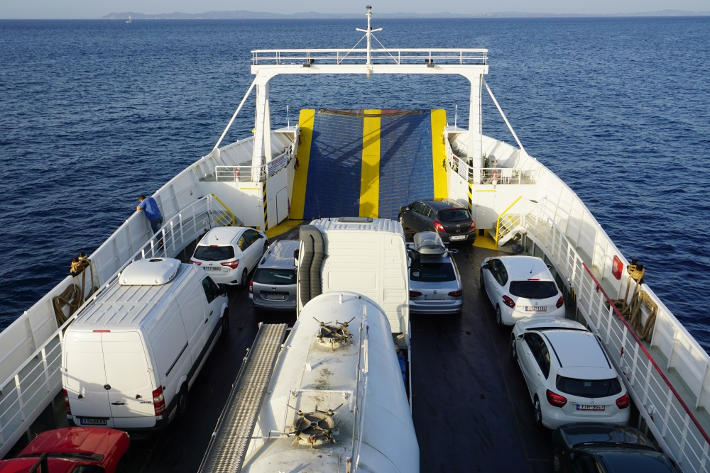 corfu, masina, feribot, feribot Igoumenitsa