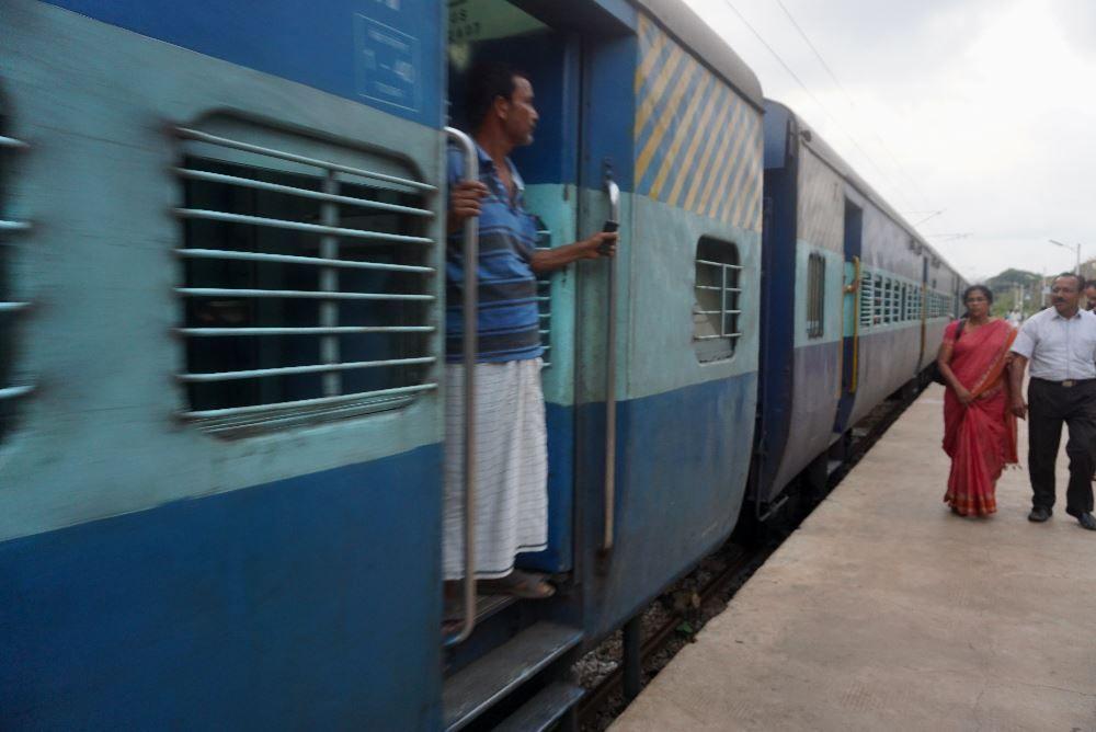 Malabar Express, india, tren