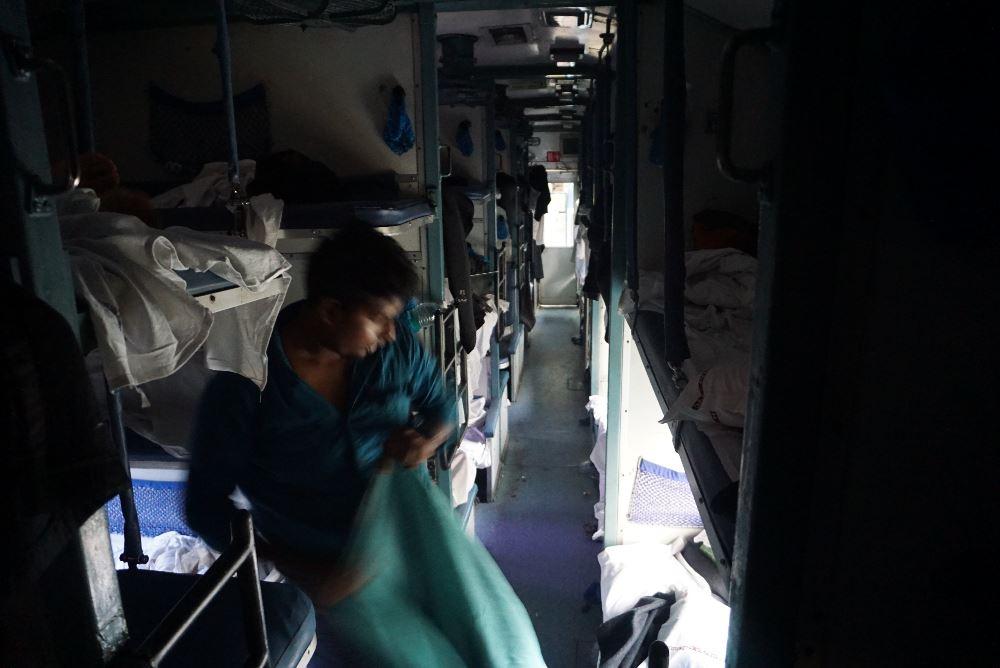 Malabar Express, tren, India, Kerala