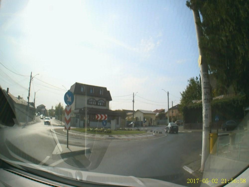 camera auto Navitel R200, mostra imagine