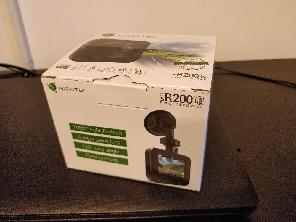 camera auto Navitel R200