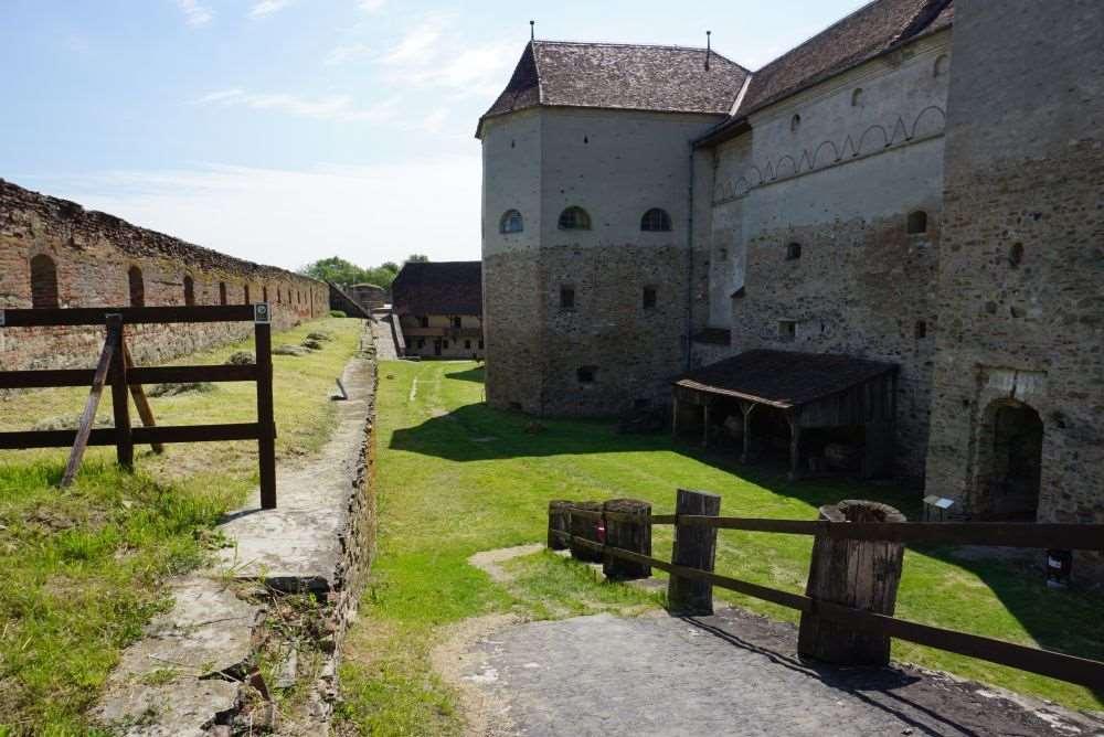 Cetatea Fagarasului, Turnul Pestrit