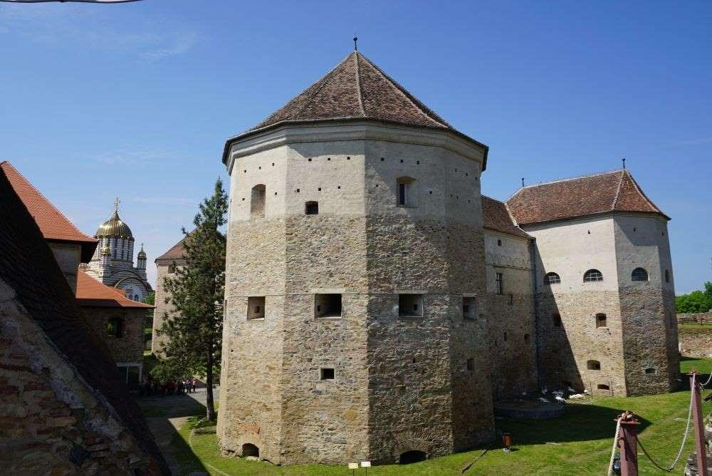 Cetatea Fagarasului, Turnul Temnita