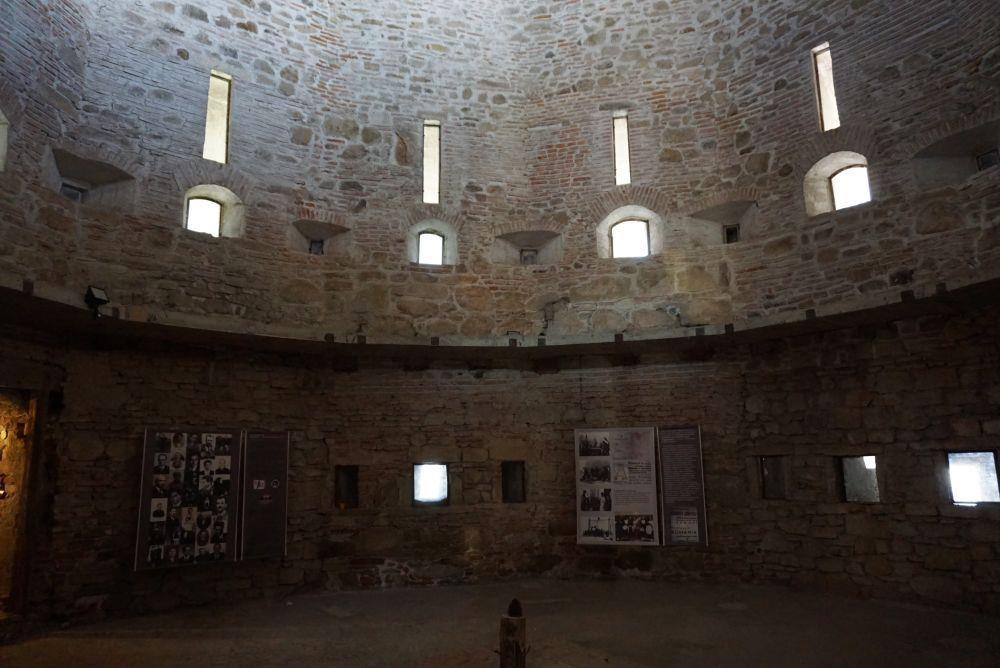 Cetatea Fagarasului, Turnul Temnitei