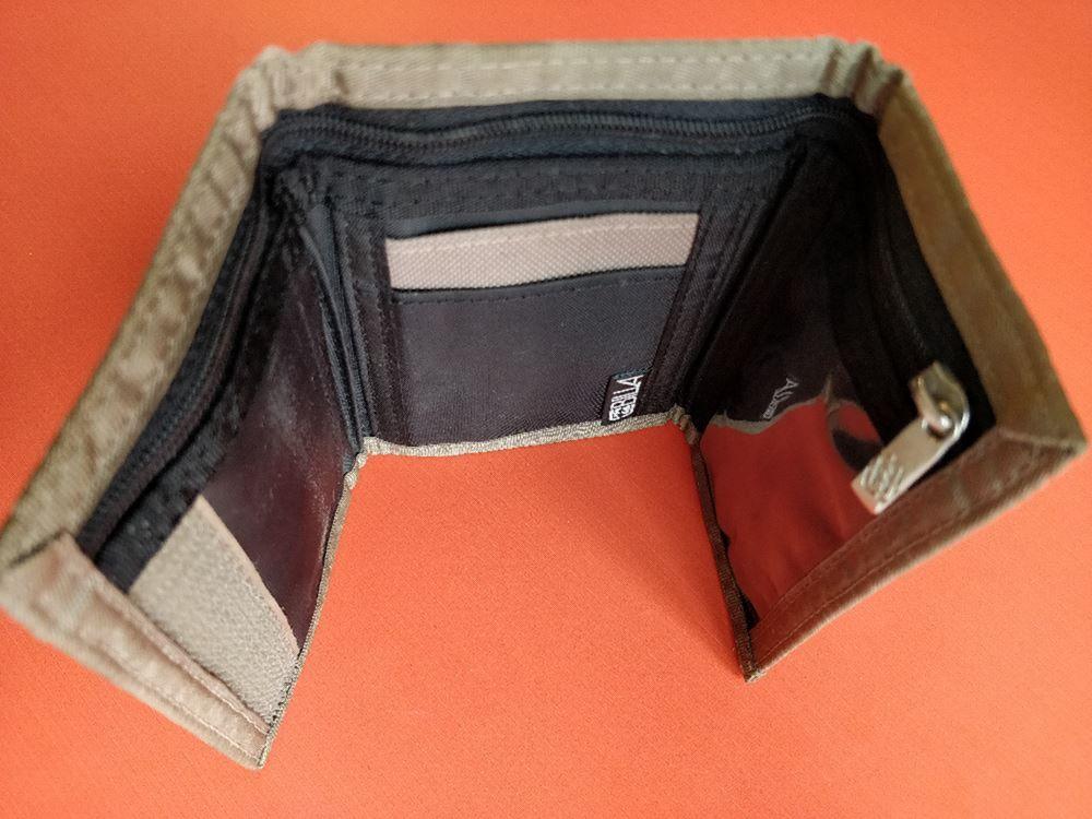 portofel cu arici